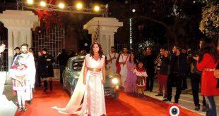 الفنانة سلاف فواخرجي في افتتاح الفعالية باللباس الفينيقي